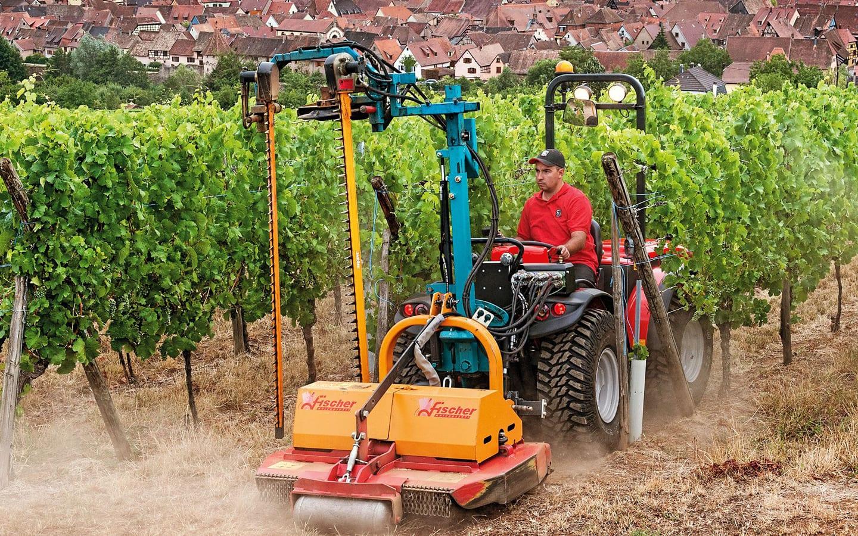 Carraro Tony 10900SR – der kompakte, wendbare Traktor mit stufenlos veränderbarem Getriebe